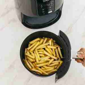 air fryer for french fries in basket